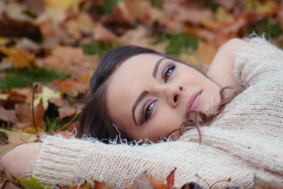 Consejos para tratar tu cabello en otoño